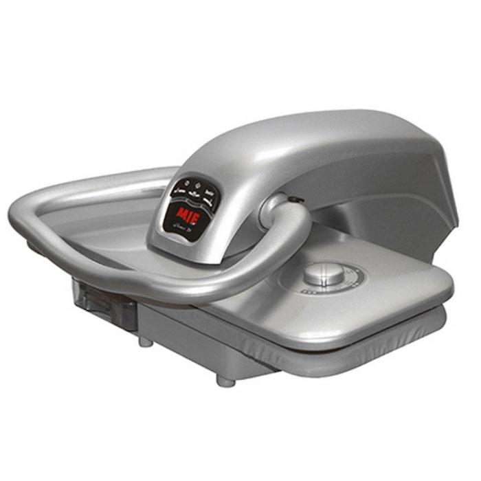 MIE Romeo 4, Silver гладильный пресс380734Гладильный пресс MIE Romeo 4 позволяет разглаживать текстильные изделия быстро и качественно, не прилагая при этом больших физических усилий. Глажение паровым прессом избавляет от нагрузки на руки, ноги и спину, работать с прессом можно сидя и стоя. Гладильная поверхность пресса в несколько раз больше поверхности утюга, автоматическое давление прессования около 50 кг, за одну минуту пресс MIE Romeo 4 вырабатывает 90 г пара, диапазон температур 60- 220 градусов - все это дает возможность гладить очень быстро и качественно, не прилагая при этом больших физических усилий. Тефлоновое покрытие верхней гладильной платформы защищает ткань от повреждений высокими температурами и делает процесс глажения бережным, что очень важно при работе с деликатными тканями: шелк, трикотаж, вискоза. Пар в прессе подается из нижней платформы, это является конструктивной особенностью данной модели. Гладильная поверхность пресса MIE Romeo 4 подогревается в...