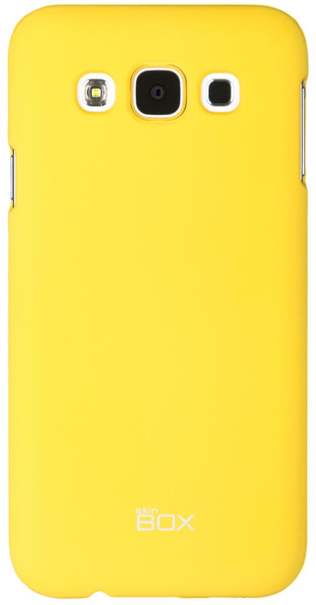 Skinbox 4People чехол для Samsung Galaxy E5, YellowT-S-SGE5-002Чехол - накладка Skinbox 4People для Samsung Galaxy E5 бережно и надежно защитит ваш смартфон от пыли, грязи, царапин и других повреждений. Чехол оставляет свободным доступ ко всем разъемам и кнопкам устройства. В комплект также входит защитная пленка на экран.