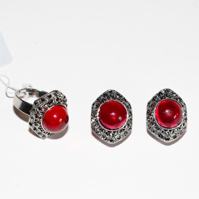 Комплект украшений Fashion House: кольцо, серьги, цвет: серебряный, красный. FH24919 ( FH24919 )