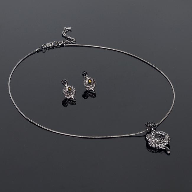 Комплект украшений Fashion House: колье, серьги, цвет: темно-серебристый. FH29596 ( FH29596 )