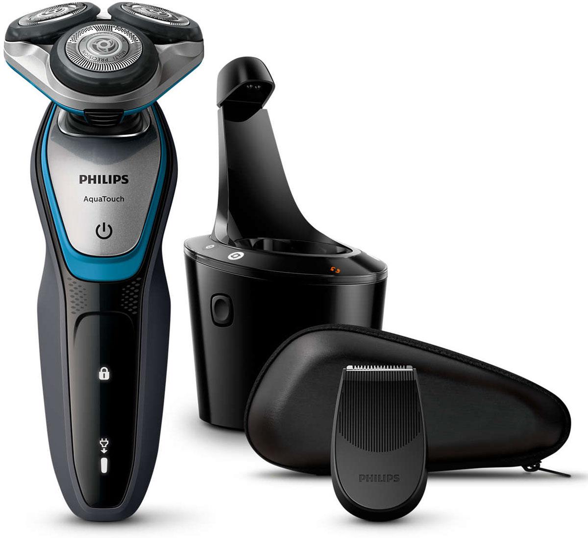 Philips S5400/26 электробритваS5400/26Бритва Philips S 5400/26 обеспечивает освежающее бритье и защищает кожу. Система лезвий MultiPrecision с закругленными краями бритвенных головок легко скользит по коже для бережного и безопасного бритья. Гладкое бритье без порезов: система лезвий MultiPrecision с закругленными краями бритвенных головок легко скользит по коже для бережного и безопасного бритья. Уплотнение Aquatec позволяет выбирать наиболее комфортный способ бритья: быстрое и комфортное сухое бритье или влажное бритье с использованием геля или пены. Вы можете использовать прибор даже в душе. Система лезвий MultiPrecision в несколько движений приподнимает и срезает волоски и щетину. Головки Flex двигаются независимо друг от друга в 5 направлениях. Это гарантирует оптимальный контакт с кожей для быстрого и гладкого бритья даже на шее и подбородке. Чтобы завершить образ, используйте безопасный для кожи съемный компактный триммер. Он идеально подходит для моделирования усов и подравнивания висков. ...