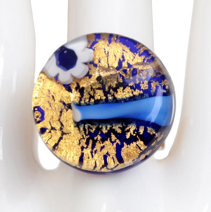 Кольцо коктейльное Золото на голубом. Муранское стекло, бижутерный сплав золотого тона, ручная работа. Murano, Италия (Венеция)pokka-2761-107-1Кольцо коктейльное Золото на голубом. Муранское стекло, бижутерный сплав золотого тона, ручная работа. Murano, Италия (Венеция). Размер регулируется. Сохранность превосходная, изделие новое. Каждое изделие из муранского стекла уникально и может незначительно отличаться от того, что вы видите на фотографии.