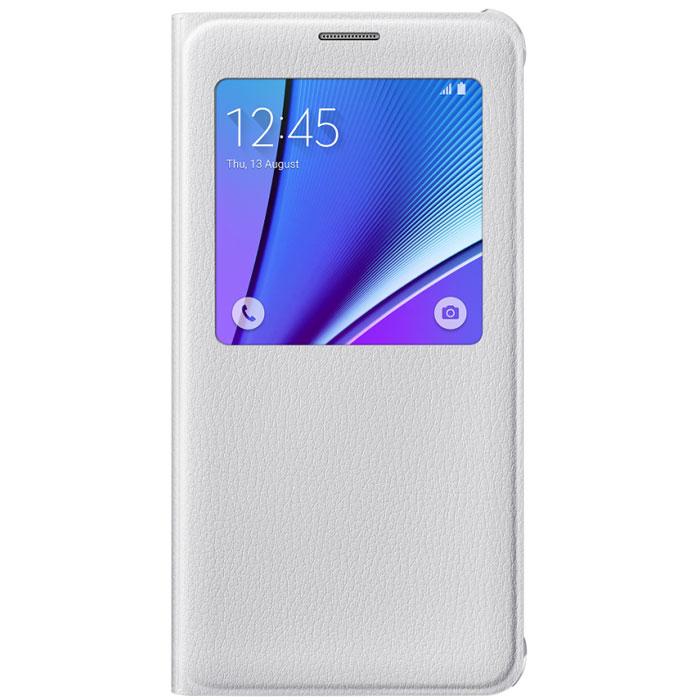 Samsung EF-CN920 S-View чехол для Galaxy Note 5, WhiteEF-CN920PWEGRUОригинальный чехол Samsung S-View для Galaxy Note 5 защитит ваше устройство от внешних повреждений, а также позволит вам получить доступ к различным смарт-функциями устройства (время, дата, уровень заряда батареи, различные уведомления), не открывая крышку. Чехол практически не увеличивает размеры устройства.