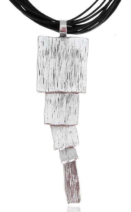 Колье Афина. Текстиль, гипоаллергенный ювелирный сплав серебряного тона. Nina Ford, Испанияpokka-2748-3-1Колье Афина из коллекции Sefarda. Текстиль, гипоаллергенный ювелирный сплав серебряного тона. Nina Ford, Испания. Размер: полная длина 44-49 см, регулируется за счет застежки-цепочки. Сохранность превосходная, изделие новое.
