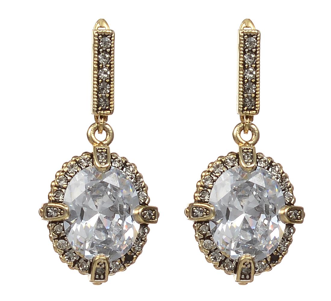 Серьги Fashion House, цвет: золотой, серебристый. FH32627FH32627Оригинальные серьги Fashion House, выполненные из металла с золотистым покрытием в виде овала, дополненного большим камнем из циркона и стразами. Серьги застегиваются на английский замок. Изящные серьги придадут вашему образу изюминку, подчеркнут красоту и изящество вечернего платья или преобразят повседневный наряд. Такие серьги позволит вам с легкостью воплотить самую смелую фантазию и создать собственный, неповторимый образ.