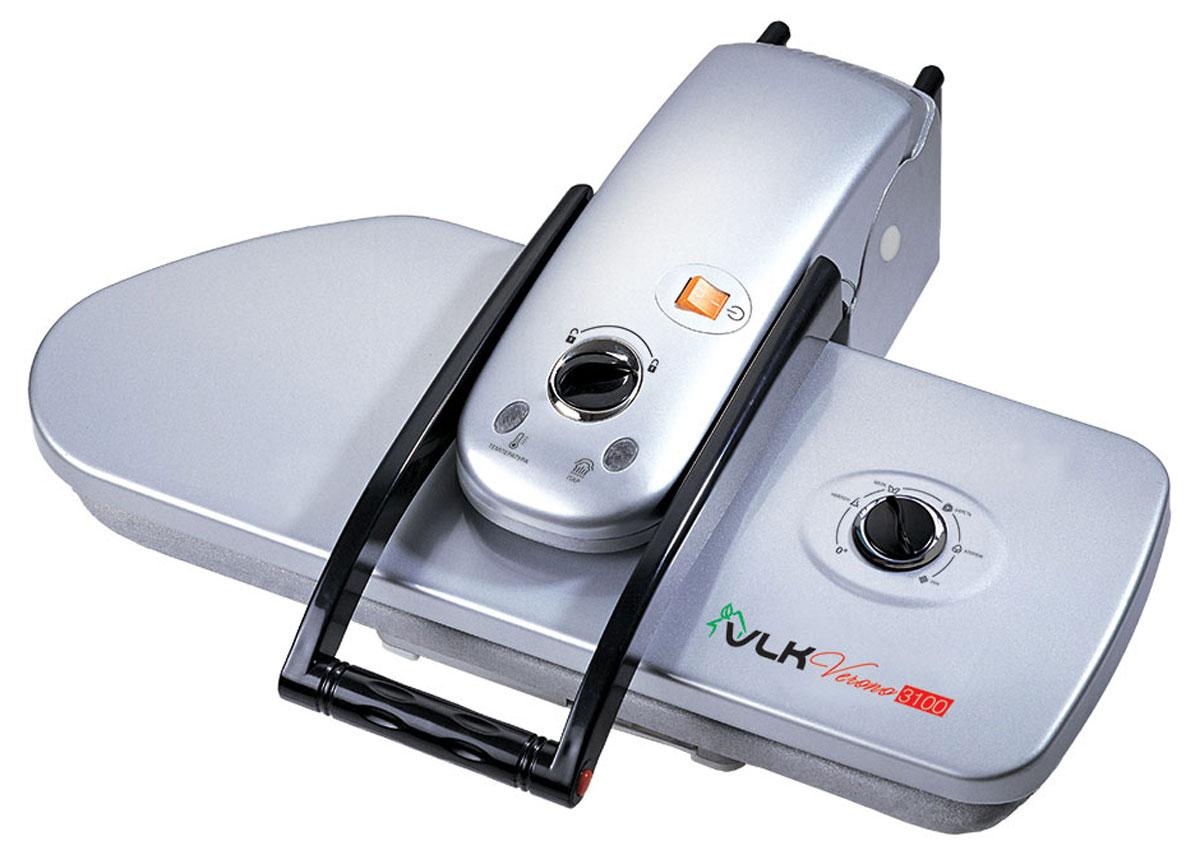 VLK Verono 3100 пресс гладильный3100Гладильный пресс VLK Verono 3100 – это высококачественный прибор, в котором применены новейшие инновационные технологии производства. Пресс рекомендуется использовать как в производственных, так и в домашних масштабах. Обеспечивает безупречную глажку скатертей, постельного белья, полотенец, салфеток, многих видов одежды, в том числе, вязанных и вышитых изделий. Основные особенности данной модели: Большая эффективность глажения по сравнению с утюгом Быстрый нагрев рабочей поверхности Диапазон температур: 60-220°С Готовность к работе за 480 секунд Давление прессования: 50 кг Ручка с автоматической подачей максимального давления Тефлоновое покрытие рабочей нагревающейся поверхности Автоматический контроль температуры Бережное глажение любых типов тканей Удобство управления – сидя и стоя Устойчивое размещение на столе Удобство переноски и хранения