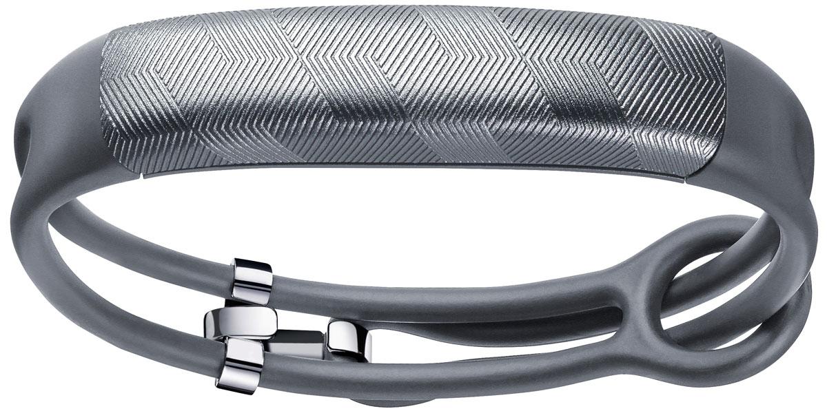 Jawbone UP2, Gunmetal Hex фитнес-браслетJL03-6363CFI-EMКогда человек здоров, его красота исходит изнутри. Именно эта идея стала основополагающей при разработке трекера Jawbone UP2. Внутри ультрасовременные технологии отслеживают физическую активность, режим сна, дневник питания и многое другое. Снаружи трекер UP2 - само воплощение стиля. Новые цвета и новая легкая конструкция браслета делают UP2 невероятно стильным устройством. Если вы думаете, что в фитнес-трекерах мало стильного - подумайте еще раз. Благодаря невероятному выбору цветов и новой легкой конструкции ремешка трекер Jawbone UP2 не может не обратить на себя внимание. Это аксессуар, который стильно носить. У вас есть свой персональный стиль. Теперь у вас есть свой трекер. Именно в этом проявляется настоящая польза трекера. Это личный тренер, который знает вас, как друг. Smart Coach побуждает вас принимать осознанные здоровые решения и попутно помогает отмечать успехи. А знаете, что самое лучшее? Чем дольше вы носите браслет UP2, тем более...