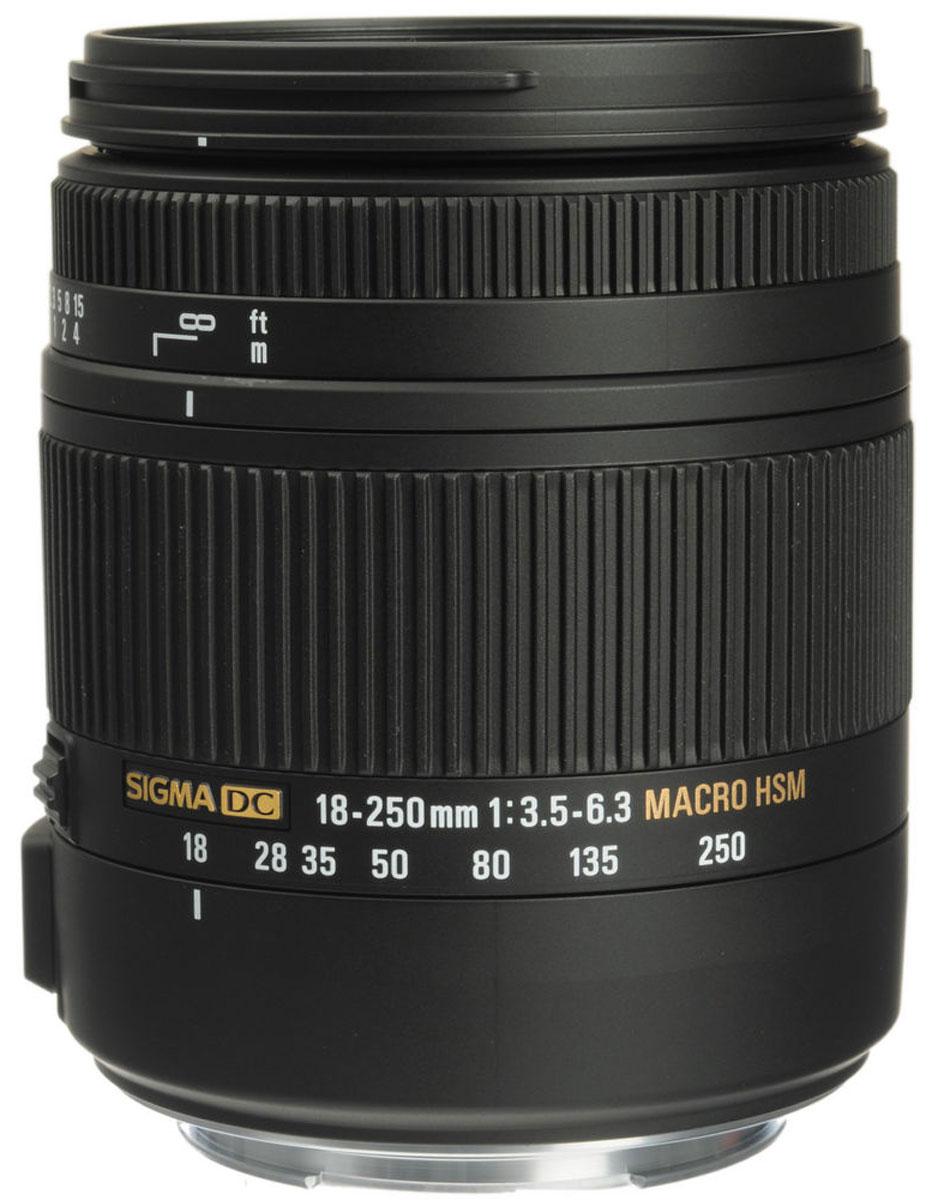 Sigma AF 18-250mm F3.5-6.3 DC MACRO OS HSM, Black объектив для Canon883954Как наследник известного SIGMA 18-250mm F3.5-6.3 DC OS HSM, объектив Sigma AF 18-250mm F3.5-6.3 DC MACRO OS HSM символизирует новое поколение ультразумов с высоким качеством изображения и, в тоже время, с компактными размерами и низким весом. Полностью переработана конструкция объектива. Специальное низкодисперсное стекло SLD превосходно устраняет цветовые аберрации. Три асферические линзы, включая одну двухстороннюю асферическую линзу, совместно с использованием передовой оптической конструкции, предотвращают и корректируют все типы оптических искажений, включая астигматизм. Оптимизирована электрическая часть Улучшены возможности фотосъемки с мин. дистанций Применен новый термостабильный композит TSC Примерно на 25% легче и компактнее существующих аналогов Режим макросъемки с мин. дистанции 35 см