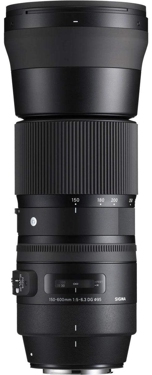 Sigma AF 150-600mm F/5-6.3 DG OS HSM|C, Black объектив для Canon745954В своей линейке Sigma AF 150-600mm F5-6.3 DG OS HSM | C является первым гиперзумом. Объектив ориентирован на энтузиастов фотосъемки и отличается более компактным строением в сравнении с объективом SIGMA 150-600mm F5-6.3 DG OS HSM | Sports. Оптическая конструкция объектива включает 20 элементов в 14 группах, в числе которых 1 FLD и 3 SLD стекла. Минимальное значение диафрагмы составляет F22, минимальная дистанция фокусировки - 280 см. Угол обзора в 35 мм эквиваленте лежит в диапазоне 16.4° - 4.1°. Благодаря круглой 9 лепестковой диафрагме объектив создает качественное размытие зон, находящихся вне зоны фокуса. Специальное покрытие тыльной и фронтальной линз отталкивает жир и воду, а улучшенная система стабилизации с включением акселерометра упрощает фотографам работу над съемкой движущихся объектов. Усовершенствованный AF-алгоритм с режимом поддержки ручной доводки и привод Hyper Sonic Motor обеспечивают быстрый и тихий автофокус. ...
