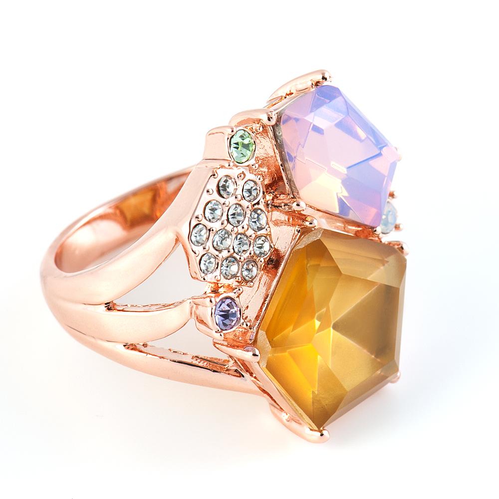 60024728 Кольцо р.18 Medea60024728Кристаллы Preciosa. Гальваническое покрытие: золото.
