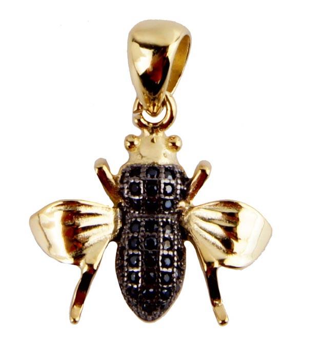 Кулон Бриллиантовая пчела. Бижутерный сплав, кристаллы. Конец XX векаPD0167Кулон Бриллиантовая пчела. Бижутерный сплав, кристаллы. Размер 2,5 х 2 см. Сохранность хорошая. Подвеска в виде фигурки насекомого. Выполнено украшение из бижутерного сплава золотого цвета. Тельце украшено россыпью черных кристаллов Наденьте это украшение днем с рубашкой или офисным платьем, или вечером с нарядным платьем - Вы будете в любой ситуации красивы, нарядны, необычны....