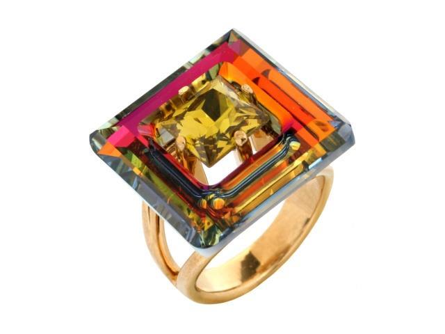 Кольцо Jenavi Коллекция Тайны вселенной Центариус, цвет: золотой, мультиколор. b828p070. Размер 17b828p070Коллекция Тайны вселенной, Центариус (Кольцо) гипоаллергенный ювелирный сплав,Позолота , вставка Кристаллы Swarovski , цвет - золотой, мультиколор, размер - 17 избегать взаимодействия с водой и химическими средствами