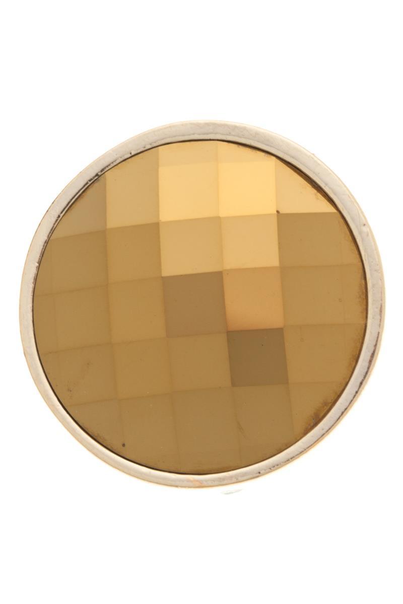 Накладка на кольцо-основу Jenavi Сцрев, цвет: золотой. k193pr20k193pr20Накладка на кольцо-основу Jenavi Сцрев выполнена в виде диска из ювелирного сплава, который оформлен граненым кристаллом Swarovski. Изделие оснащено штифтом с резьбой, при помощи которого накладка фиксируется на кольце-основе. Накладка на кольцо-основу Jenavi позволит экспериментировать и дополнять ваш образ каждый день.