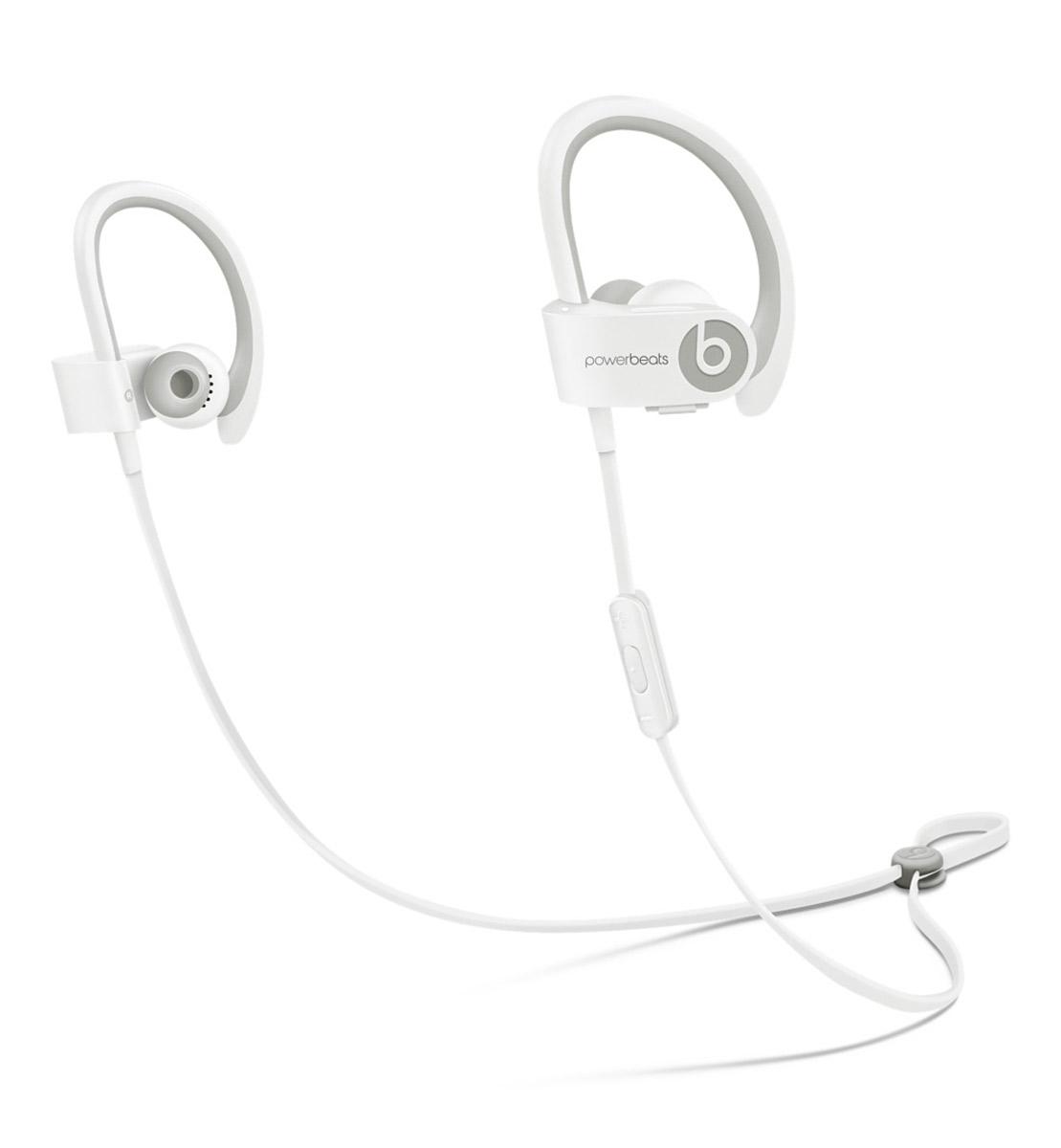 Beats Powerbeats 2 Wireless, White наушникиMHBG2ZM/AВдохновлённые Леброном Джеймсом и его упорным стремлением к совершенству, беспроводные наушники с Bluetooth Beats by Dr. Dre Powerbeats2 обладают исключительно малым весом и высокой мощностью двухполосной акустики, стимулируя вас во время тяжёлых тренировок. Созданы, чтобы выдержать все испытания Уровень пото-и водонепроницаемости IPX-4 означает, что наушники Powerbeats2 защищены, начиная от ушных вкладышей и заканчивая соединяющим наушники кабелем с защитой от спутывания. Элемент управления RemoteTalk, расположенный на соединяющем кабеле с защитой от спутывания, сделан в виде накладки, препятствующей соскальзыванию, когда вы регулируете громкость, переключаете треки или совершаете звонки. Больше свободы Где бы вы ни находились - на улице или на корте - беспроводные наушники Powerbeats2 дают вам полную свободу тренировок. Беспроводная связь Bluetooth позволяет подключаться к iPhone, iPad или iPod с поддержкой Bluetooth на расстоянии до 9,1 метра,...