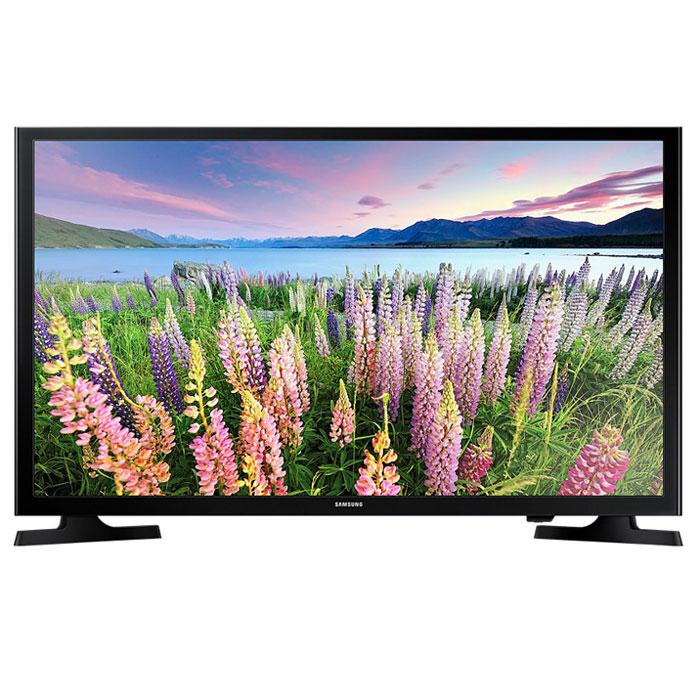 Samsung UE-40J5000AUX телевизорUE40J5000AUXRUSamsung UE-40J5000AUX - один из представителей популярной серии телевизоров с экраном с разрешением Full HD. Данная модель в своей основе имеет продвинутую 40-дюймовую матрицу, которая поддерживает большое количество технологий, призванных сделать изображение наиболее качественным и реалистичным. Благодаря широкому формату экрана и тонким рамкам достигается максимальный эффект присутствия, а картинка приобретает максимально насыщенные и яркие краски. С технологией Clear Motion Rate быстрое движение на экране телевизора будет отображаться с высокой четкостью. Вы получите больше удовольствия от просмотра фильмов, спортивных трансляций и прочих развлекательных программ. Использование новейшей технологии расширения диапазона цветопередачи Wide Color Enhancer Plus позволяет существенно улучшить качество изображения и, в частности, передачу деталей. Благодаря функции ConnectShare Movie вы можете просто вставить ваш USB-накопитель или жесткий...