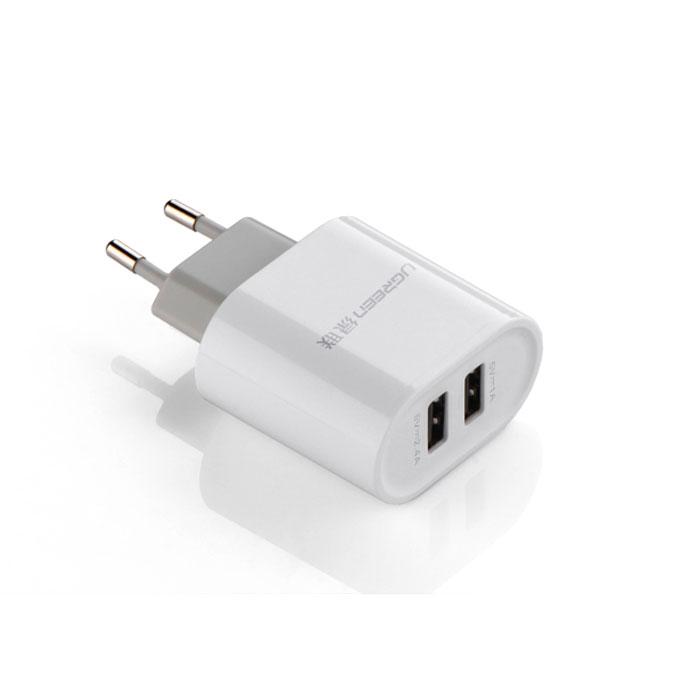 Ugreen UG-20384, White адаптер питанияUgreenUgreen UG-20384 позволяет одновременно заряжать 2 устройства, одно из которых требует для зарядки силу тока 2A. Также с помощью данного адаптера вы можете подать дополнительное питание на устройства, которые этого требуют, например: мультимедиа конвертеры, активные USB-кабели или USB-хабы. Портативный размер делает его незаменимым помощником в путешествиях и в повседневной жизни. Подходит для продуктов компании Apple, Samsung и других устройств, для зарядки которых необходима сила тока 2 и 1A. Корпус выполнен из огнеупорного материала. Имеется защита от перенапряжения и короткого замыкания, что делает этот адаптер не только незаменимым и удобным, но и безопасным.