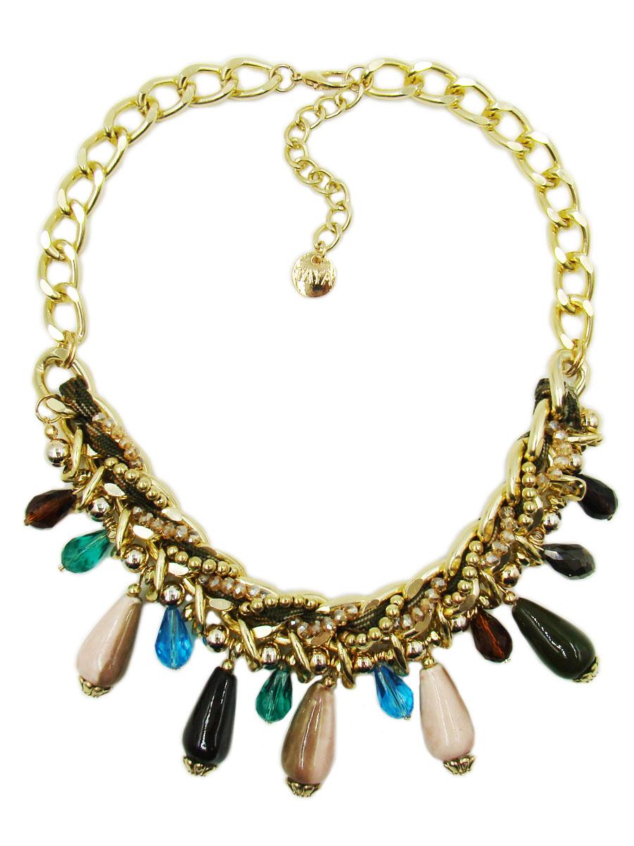 Колье Taya, цвет: золотой, темно-зеленый, коричневый. T-B-9578T-B-9578Колье Taya изготовлено из ювелирного сплава с гальваническим покрытием. Такая методика обеспечивает отличное качество изделий и позволяет сохранить красоту украшений надолго. Колье состоит из цепочки с крупными звеньями и декоративного элемента. Центральная часть изделия оформлена текстильным шнурком, бусинами из пластика и искусственными камнями из стекла и керамики. Модель застегивается на практичный замок-карабин, длина регулируется за счет дополнительных звеньев. Стильное колье придаст вашему образу изюминку, подчеркнет индивидуальность.
