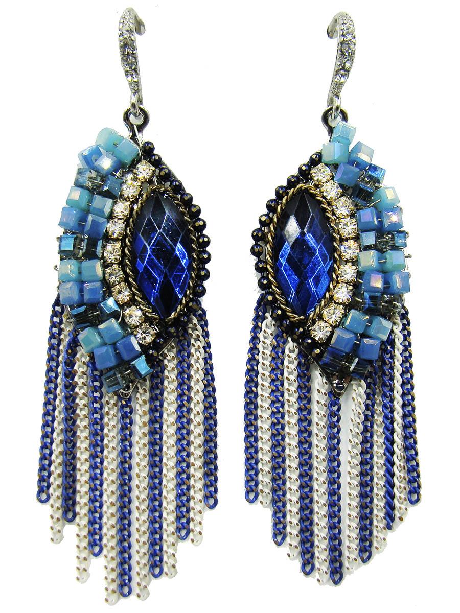 Серьги Taya, цвет: синий, голубой, белый. T-B-9084T-B-9084Оригинальные серьги Taya выполнены из ювелирного сплава. Изделия оформлены стразами, вставками из стекла и бусинами. Серьги дополнены подвесками-цепочками. Изделия выполнены в стилистике флорентийской мозаики. Все элементы украшения соединены и вместе создают картину. Застегиваются серьги на замок-петлю. Оригинальные серьги модного дизайна создадут яркий и запоминающийся образ.