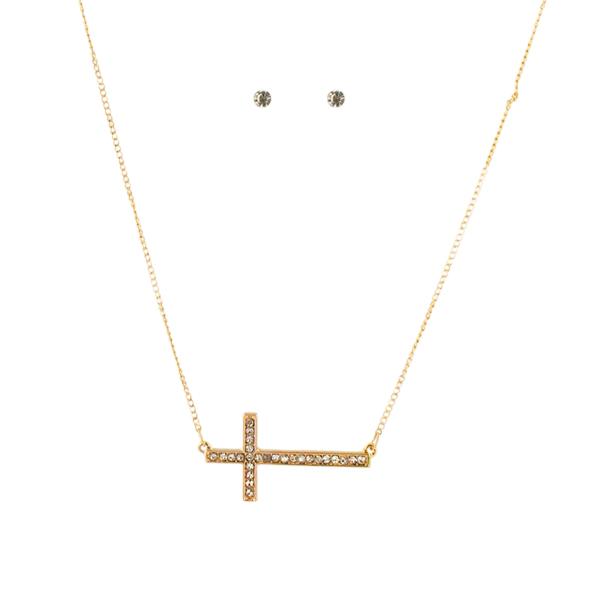 Комплект украшений Taya: подвеска, серьги, цвет: золотистый. T-B-4552 ( T-B-4552 )