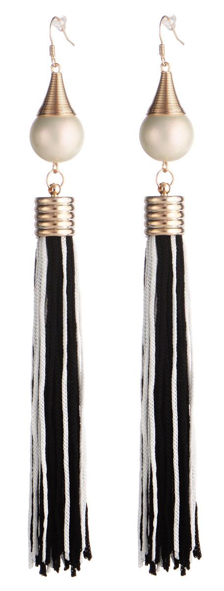 Серьги Taya, цвет: черный, белый, золотой. T-B-8819T-B-8819-EARR-BK.WHITEЭлегантные серьги Taya выполнены из бижутерийного сплава. Серьги дополнены подвесками с искусственными жемчужинами и кистями из текстиля. Изделие застегивается на практичный замок-петлю с фиксаторами из пластика. Оригинальные серьги придадут вашему образу изюминку, подчеркнут индивидуальность.