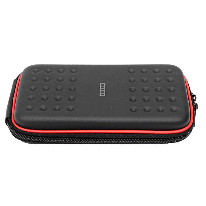 Футляр с жестким корпусом Hori для PS Vita (черный)BH-DSL09612_розовыйПротивоударный футляр Hori с жестким корпусом для PS Vita надежно защитит вашу консоль от повреждений и царапин. Он имеет 2 отделения для игровых картриджей. Съемный карабин позволит надежно закрепить чехол на рюкзаке или сумке.