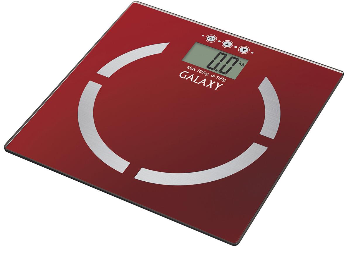 Galaxy GL4851, Red весы4650067301013Благодаря весам Galaxy GL4851 стало возможным не только узнать массу тела, но и вычислить соотношение жировой, мышечной, костной ткани, уровня жидкости в организме и индекса массы тела. Весь процесс измерения занимает буквально несколько секунд! Память измерений на 10 человек позволяет каждому члену семьи контролировать свои показатели. Платформа весов выполнена из высокопрочного немецкого стекла и с легкостью выдерживает большие нагрузки до 180 кг. Высокая точность показаний (100 г) позволяет следить даже за самыми незначительными изменения в весе. Весы располагают функцией автоматического отключения, что сохраняет заряд батареи как можно дольше. Сверхточная сенсорная система датчиков Платформа из высокопрочного стекла Индикация перегрузки Индикация низкого уровня заряда элементов питания Прорезиненные ножки