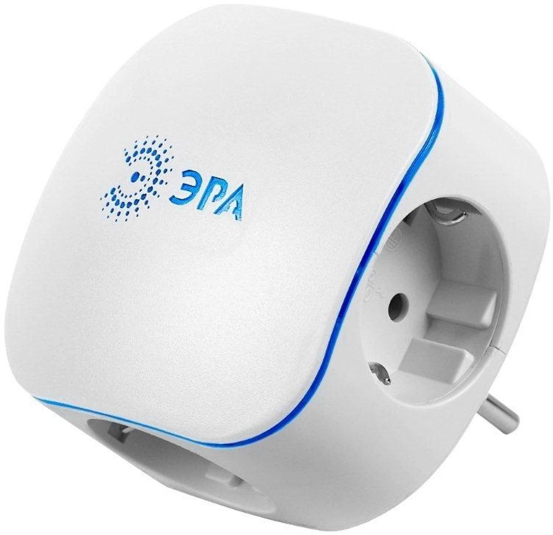 Тройник ЭРА SP-3e-USB, с заземлением, с 2 USB портами, цвет: белый, 3 гнезда