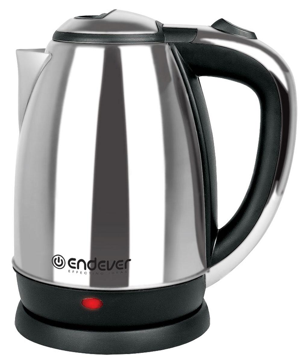 Endever KR-230S электрочайникKR-230SЧайник Endever KR-230S станет прекрасной заменой любой устаревшей модели. Выполнен чайник из качественных и безопасных материалов, поэтому даже длительное использование данной модели не скажется как на качестве работы устройства, так и на вашем здоровье. Чайник быстро нагревает воду и долго сохраняет ее горячей. Он не занимает много места на кухонной столешнице и не помешает вам в приготовлении пищи. Беспроводное соединение позволяет вращать чайник на подставке на 360°. По необходимости лишний шнур питания вы всегда можете спрятать в специальный отсек.