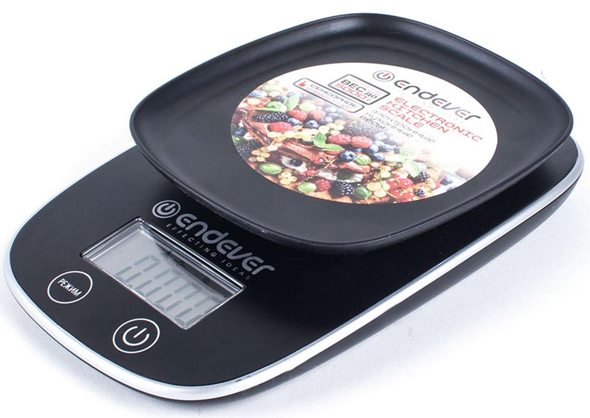 Endever 526-KS весы кухонныеKS-526Кухонные электронные весы Endever 526-KS – незаменимые помощники современной хозяйки. Они помогут точно взвесить любые продукты и ингредиенты. Кроме того, позволят людям, соблюдающим диету, контролировать количество съедаемой пищи и размеры порций. Предназначены для взвешивания продуктов с точностью измерения 1 г. Имеют сенсорное управление, LCD-дисплей позволяет наглядно выбрать единицы измерения, а также функцию обнуления веса тары. Удобная чаша позволяет взвешивать сыпучие продукты. Электронные кухонные весы Endever 526-KS – это высококачественный прибор, в котором применены новейшие технологии в области использования безопасных для здоровья материалов и компонентов.
