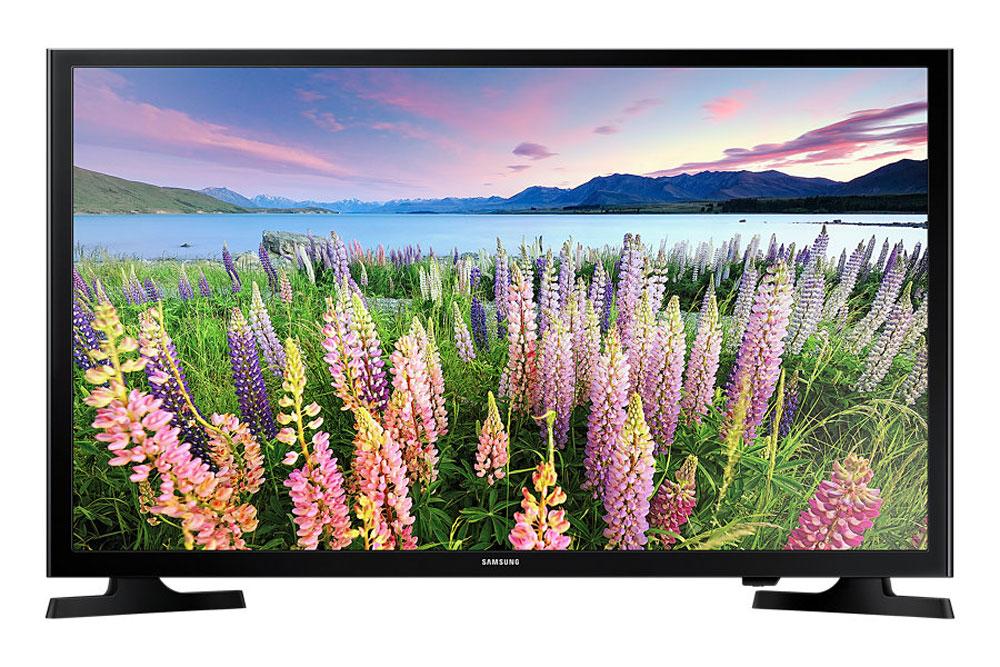Samsung UE40J5200AU телевизорUE40J5200AUXRUНовый уровень реализма в системе домашних развлечений. Благодаря двукратному увеличению разрешения по сравнению с разрешением обычных HD телевизоров, ваш Full HD телевизор Samsung UE40J5200AU позволит испытать новые ощущения погружения в мир виртуальной реальности и ощутить себя участником событий, происходящих на экране. Уже с первых минут просмотра изображения в формате Full HD вы больше не захотите смотреть ваши любимые ТВ программы и фильмы в обычном стандартном разрешении. Откройте для себя всю прелесть виртуальной реальности в формате Full HD. Великолепное изображение с яркими живыми красками: Использование новейшей технологии расширения диапазона цветопередачи Wide Color Enhancer Plus позволяет существенно улучшить качество изображения, включая передачу деталей. Обратите внимание на богатство цветовой палитры, отображаемой на экране благодаря этой технологии. USB разъемы: Благодаря функции ConnectShare Movie, вы можете просто...