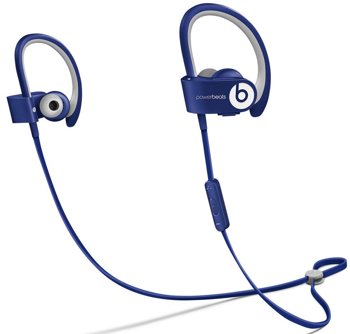 Beats Powerbeats 2 Wireless, Blue наушникиMHBV2ZM/AВдохновлённые Леброном Джеймсом и его упорным стремлением к совершенству, беспроводные наушники с Bluetooth Beats by Dr. Dre Powerbeats2 обладают исключительно малым весом и высокой мощностью двухполосной акустики, стимулируя вас во время тяжёлых тренировок. Созданы, чтобы выдержать все испытания Уровень пото-и водонепроницаемости IPX-4 означает, что наушники Powerbeats2 защищены, начиная от ушных вкладышей и заканчивая соединяющим наушники кабелем с защитой от спутывания. Элемент управления RemoteTalk, расположенный на соединяющем кабеле с защитой от спутывания, сделан в виде накладки, препятствующей соскальзыванию, когда вы регулируете громкость, переключаете треки или совершаете звонки. Больше свободы Где бы вы ни находились — на улице или на корте — беспроводные наушники Powerbeats2 дают вам полную свободу тренировок. Беспроводная связь Bluetooth позволяет подключаться к iPhone, iPad или iPod с поддержкой Bluetooth на расстоянии...