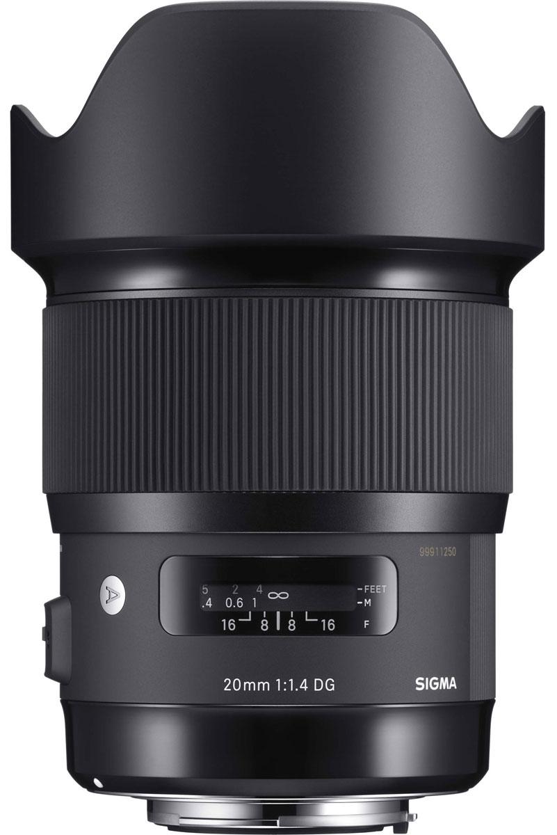 Sigma AF 20mm f/1.4 DG HSM объектив для Nikon412955Sigma AF 20mm f/1.4 DG HSM - светосильный широкоугольный полноформатный объектив, оснащенный асферическими линзами большого диаметра. Такая светосила достигается благодаря применению в оптической конструкции двойной асферической линзы диаметром 59 мм. Новейшая оптическая конструкция объектива эффективно минимизирует дисторсию, поперечную цветовую аберрацию, сагитальную кому при съемке на открытой диафрагме. Объектив имеет в своей конструкции 2 элемента из флюоритоподобного стекла FLD и 5 элементов из специального низкодисперсного стекла SLD, которые эффективно снижают поперечную хроматическую аберрацию, обычно заметную по краям изображения. Также минимизированы и аберрации в осевом направлении. В результате объектив обеспечивает высочайшее качество изображения без цветовых искажений в любых условиях съемки, постоянную резкость и контраст. Конструкция Sigma AF 20mm f/1.4 DG HSM выполнена с учетом угла падения света, начиная с первой линзы, а ...