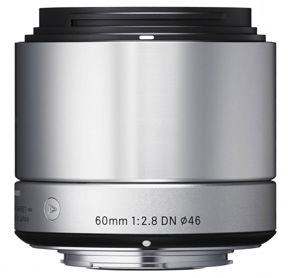 Sigma AF 60mm f/2.8 DN/A, Silver объектив для Micro 4/335S963Объектив Sigma AF 60mm f/2.8 DN/A создан с применением передовых оптических технологий - легкий и компактный, с небольшой глубиной резкости - позволяет фотографу эффектно выделять отдельные части объекта съемки. Фокусное расстояние в эквиваленте равно 120 мм для Micro Four/Third и 90 мм для Sony E. Объектив создает изображения с натуральной перспективой и небольшой глубиной резкости, что вкупе с приятным боке делает снимки особо выразительными. Кроме этого, значительно улучшена функциональность. Простая форма кольца фокусировки, различие текстур каждой части, использование металла как основного материала и цельный корпус - все это составляющие дизайна Sigma AF 60mm f/2.8 DN/A. В конструкции объектива применяется самое современное сверхнизнодисперсное оптическое стекло (SLD), а также литые асферические элементы, что гарантирует превосходное исправление искажений и других видов аберрации. Закругленная 7-лепестковая диафрагма создает привлекательное...
