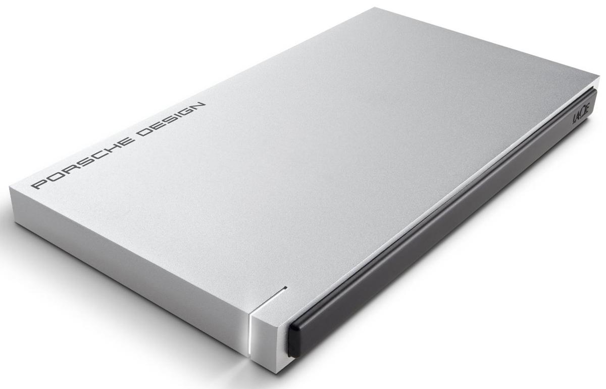 LaCie Porsche Design Slim Drive 120GB SSD-накопительLAC9000342LaCie Porsche Design Slim - представляет собой компактный SSD-накопитель для вашего компьютера, оборудованный высокоскоростным интерфейсом USB 3.0. Он заключен в стильный и прочный корпус из алюминия (это способствует хорошему отводу тепла), не только надежно защищающий находящуюся внутри электронику, но и придающий накопителю потрясающий внешний вид. Кстати, дизайн жесткого диска был разработан студией Porsche Design. Максимальная скорость передачи данных: 400 Мбит/с Совместимые ОС: Windows 7, Windows 8 и выше / Mac OS X 10.5 и выше