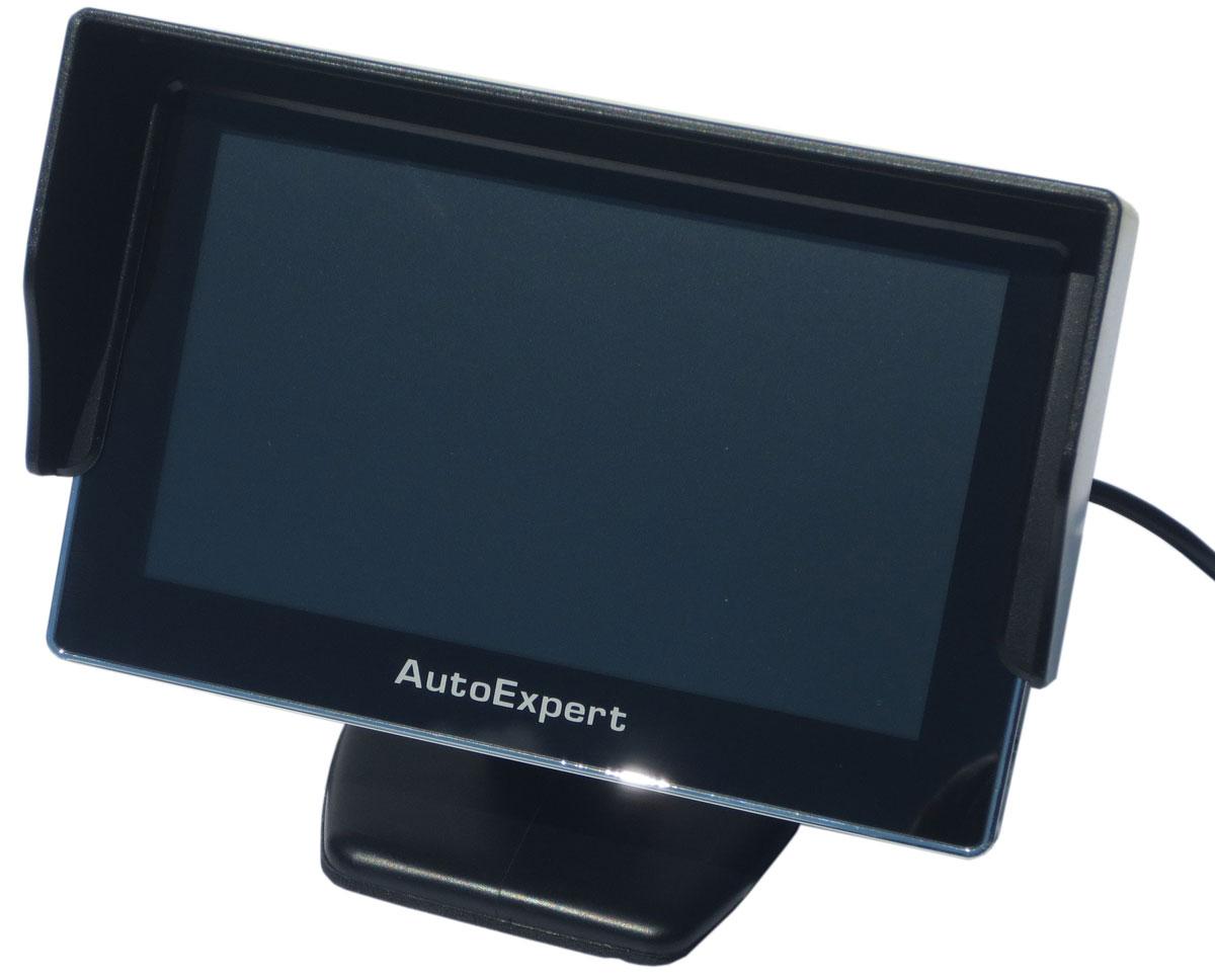 AutoExpert DV 450, Black автомобильный монитор2012506254502Монитор AutoExpert DV 450 предназначен для отображения информации с камеры заднего вида или другого источника видеосигнала. Имеет 2 видеовхода с автоматическим включением монитора при появлении видеосигнала Тип экрана: TFT LCD Поддержка PAL-AUTO/NTSC Яркость: 250 кд/м2 Контраст: 350:1
