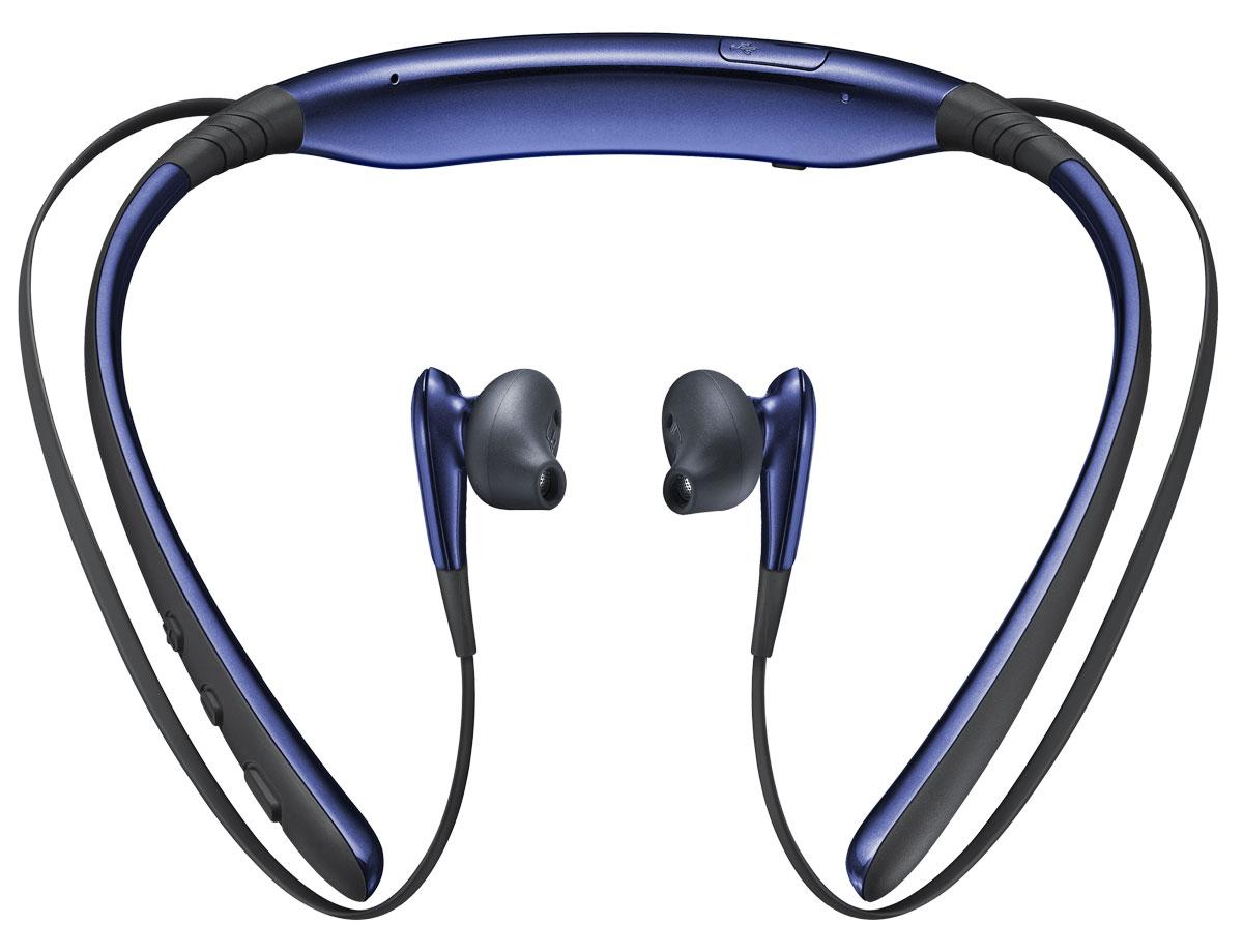Samsung EO-BG920 Level U, Black Blue Bluetooth-гарнитураEO-BG920BBEGRUSamsung Level U EO-BG920BBEGRU - это универсальная беспроводная bluetooth гарнитура, созданная специально для всех активных пользователей мобильных устройств, которые высоко ценят комфорт и удобство в использовании. Главными достоинствами данной модели гарнитуры является ее надежность, эргономичный дизайн и высокое качество воспроизведения звука. Динамики диаметром 12 мм обеспечивают насыщенное и яркое звучание музыки в широчайшем частотном диапазоне. Немаловажным достоинством данной модели является и продвинутая система двойного шумоподавления примененная в микрофоне. Благодаря всему этому достигается непревзойденное качество воспроизведения и передачи звука. Поэтому ваш собеседник во время телефонного разговора с применением данной гарнитуры будет прекрасно слышать каждое ваше слово. Встроенный литий-ионный аккумулятор большой емкости обеспечивает чрезвычайно продолжительный период автономной работы гарнитуры, который достигает 11 часов в режиме разговора и до 500 часов в...