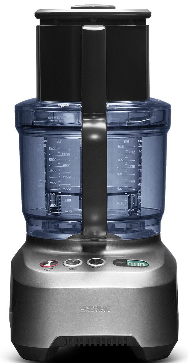 Bork B801 кухонный комбайнB801Универсальный кухонный помощник, с помощью которого можно с легкостью приготовить полноценный обед. Мощность 2000 Вт, вместительная рабочая чаша на 2,5 литра, таймер с функцией прямого и обратного отсчета времени, а также целый набор насадок для измельчения, нарезки, шинкования, взбивания и замешивания теста – преимущества современного кухонного комбайна Bork B801. Предоставляет большой выбор возможностей для приготовления разнообразных блюд — от картофельного пюре до кондитерских изделий. Позволяет максимально автоматизировать работу кухонного комбайна при использовании продуктов для любимых рецептов. Основная чаша объемом 2,5 литра с удобной ручкой для переноса просто и надежно фиксируется на основании с двигателем. Широкий загрузочный желоб позволяет экономить время: вы можете загружать продукты целиком, не разрезая их на части. Надежный двигатель с мощностью 2000 Вт позволяет быстро и эффективно смешивать,...