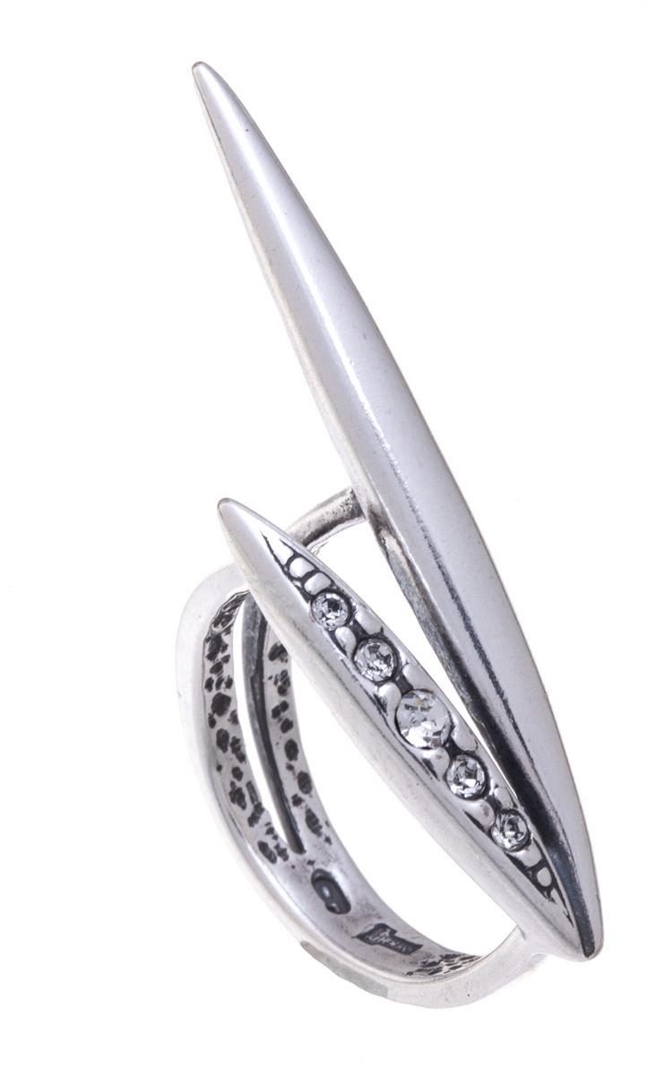 Кольцо Jenavi Бонанза, цвет: серебряный, белый. f6333000. Размер 17f6333000Оригинальное кольцо Jenavi Бонанза, выполненное из ювелирного сплава с покрытием из черненого серебра, оформлено декоративным элементом, который инкрустирован кристаллами Swarovski. Красивое и необычное украшение блестяще подчеркнет ваш изысканный вкус и поможет внести разнообразие в привычный образ.
