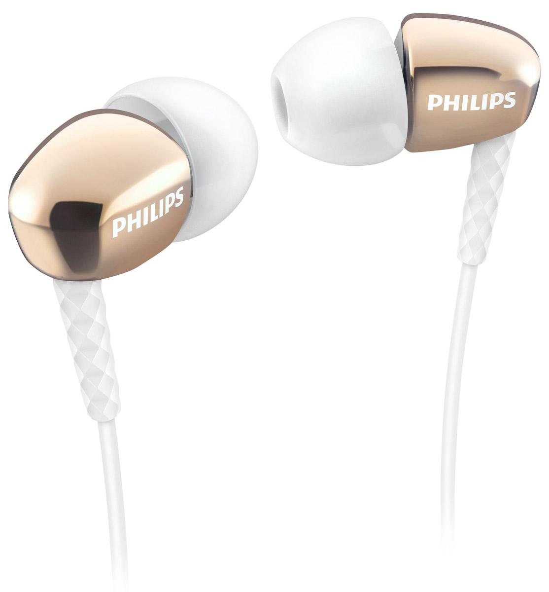 Philips SHE3900GD/51 наушники-вкладышиSHE3900GD/51Стильные и удобные наушники-вкладыши премиум-класса Philips SHE3900 обеспечивают превосходные басы. Качественные излучатели воспроизводят мощный звук. Насадки 3 размеров для овальных трубок гарантируют комфортную посадку и насыщенные басы. Корпус наушников выполнен с применением вакуумной металлизации, что придает им утонченный внешний вид. Маленькие, но эффективные излучатели обеспечивают плотное прилегание и чистый звук с мощными басами. Идеальны для наслаждения любимой музыкой. В комплект входят насадки 3 размеров (маленькие, средние и большие), чтобы вы могли выбрать подходящий вариант. Текстурированный фиксатор кабеля обеспечивает надежное и гибкое соединение между кабелем и штекером.