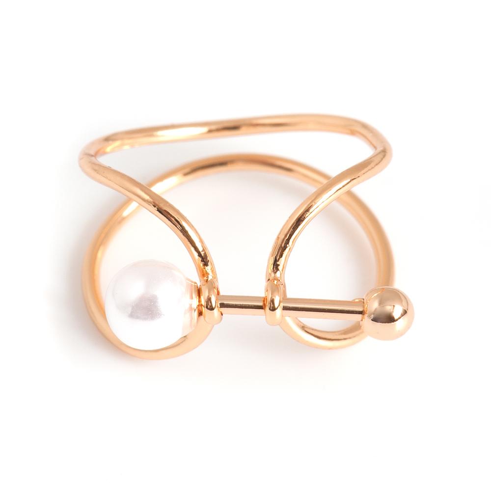 Кольцо жен. Selena Street Fashion, цвет: белый, золотистый. 60025327. Размер 1760025327Искусственный жемчуг. Гальваническое покрытие: золото.