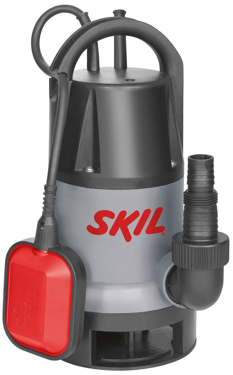 Насос погружной Skil 0810RA для грязной водыF0150810RAПогружной насос Skil 0810 – идеальный инструмент для слива, откачивания и перекачивания грязной воды, например, в затопленных подвалах или небольших прудах. Благодаря высокой производительности насос способен быстро перекачать большие объемы воды со скоростью до 8500 литров в час. В зависимости от выполняемой задачи поплавковый выключатель приводится в действие вручную или автоматически. Инструмент поставляется с универсальным разъемом для шланга. Функции: Прочный насос для слива, откачки и транспортировки чистой или загрязненной воды Быстрая перекачка больших объемов воды, до 8500 л/ч В зависимости от уровня воды, поплавковый выключатель автоматически включает или выключает насос Порог выключения можно задать через держатель кабеля поплавкового выключателя Защитное реле перегрева предотвращает перегрузку насоса К универсальному разъему насоса можно подключить шланги разного диаметра Большая эргономичная ручка для переноски облегчает...