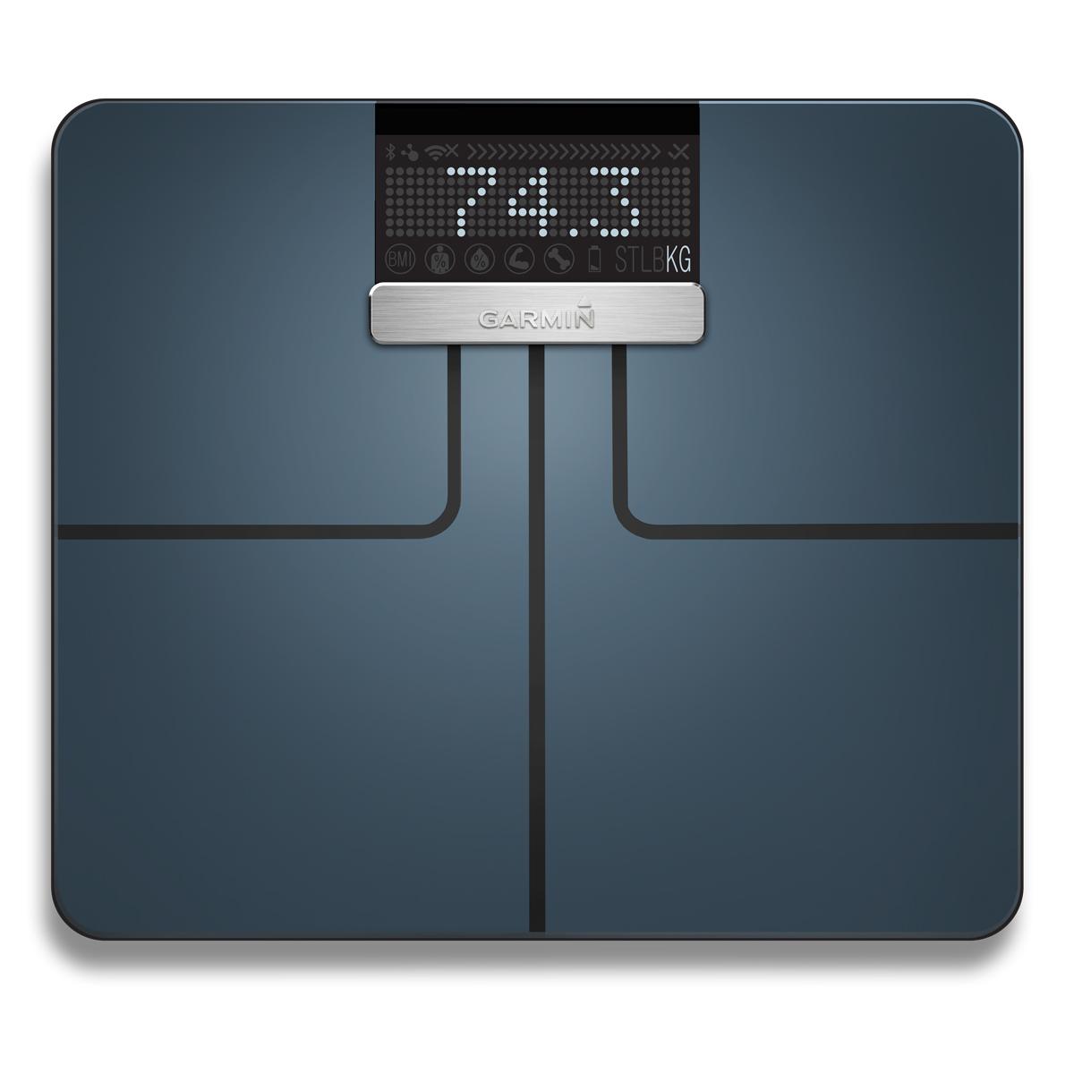 Напольные весы Garmin Index , цвет: черный. 010-01591-10010-01591-10Смарт-весы Garmin Index, предназначенные как для профессиональных спортсменов, так и для любителей здорового образа жизни, предоставляют всю необходимую информацию для наблюдения за прогрессом и отслеживания результатов. Устройство измеряет вес (в фунтах, килограммах или стоунах), индекс массы тела (BMI), процент содержания жировой ткани/ воды, костную массу и мышечную массу. Питание: 4 батареи AA.