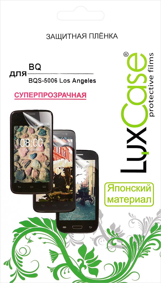 LuxCase защитная пленка для BQ BQS-5006 Los Angeles, суперпрозрачная55404Защитная пленка Luxcase для BQ BQS-5006 Los Angeles сохраняет экран смартфона гладким и предотвращает появление на нем царапин и потертостей. Структура пленки позволяет ей плотно удерживаться без помощи клеевых составов и выравнивать поверхность при небольших механических воздействиях. Пленка практически незаметна на экране смартфона и сохраняет все характеристики цветопередачи и чувствительности сенсора.