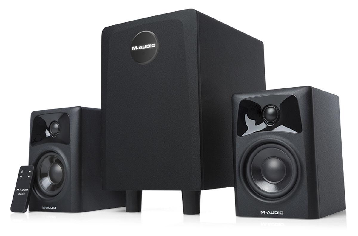 M-Audio AV32.1, Black акустическая системаAV32.1Трехкомпонентная акустическая система M-Audio AV32.1 состоит из пары компактных 2-полосных мониторов и сабвуфера со встроенным трёхканальным усилителем. Данная новинка обеспечивает глубокое, живое, полнодиапазонное звучание. Данная акустика идеально подойдёт для небольших студий и представляет собой идеальное решение для мониторинга и сведения. Также модель AV32.1 можно использовать в качестве мультимедийной акустики. Сабвуфер располагает длинноходовым 6,5-дюймовым НЧ-излучателем и обеспечивает глубокий бас вплоть до 36 Гц. Корпуса сабвуфера и мониторов выполнены из высокопрочного MDF. В мониторах используются 3-дюймовый СЧ-динамик с диффузором из полипропилена и 25-миллиметровый твитер с шёлковым куполом Функция Bypass позволяет при необходимости исключить сабвуфер из звукового тракта.
