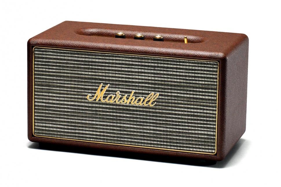 Marshall Stanmore, Brown акустическая система7340055309318Marshall Stanmore – компактная акустическая система, созданная в классическом стиле Marshall по самым современным технологиям. Колонка совместима с большинством аудиоустройств, а небольшие размеры позволяют слушать музыку в любом месте. Для подключения можно использовать стандартный аудиоразъем 3,5 мм или Bluetooth-соединение. Компактная акустика Marshall Stanmore радует совместимостью даже с Apple TV, а также другими устройствами, которые имеют оптический выход. С виду скромные динамики производят мощный детализированный звук даже при максимальном уровне громкости. Marshall Stanmore снабжена аналоговыми регуляторами, дающими возможность производить пользовательскую настройку звука при прослушивании любимых музыкальных композиций. Акустическая система Stanmore работает как в стандартном, так и в энергосберегающем режимах, и представлена в трех цветовых вариантах исполнениях: классический черный, винтажный коричневый и нежный бежевый. ...
