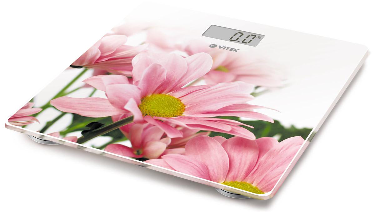 Vitek VT-8051(W) весы напольныеVT-8051(W)Напольные весы Vitek VT-8051(W) с ярким дизайном, которые наполнят ваш дом отличным настроением! Простые и удобные в работе, они позволят легко определить свой вес с точностью до 100 грамм. Вам стоит лишь установить весы на ровную поверхность, встать на них, а дальше умное устройство автоматически включится и определит ваш вес в килограммах, стоунах или фунтах. Платформа из закаленного стекла выдержит вес до 150 килограмм. LCD дисплей позволит вам определить результаты взвешивания. Размер весов: 28 см х 28 см Размер дисплея: 6,5 см х 2,8 см