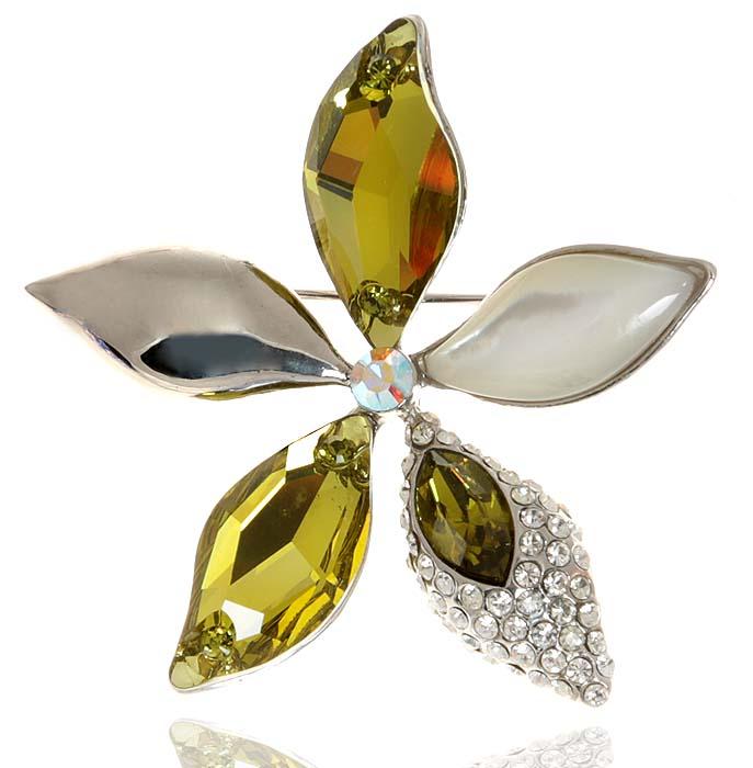 Брошь Орхидея от D.Mari. Кристаллы золотисто-зеленого цвета, прозрачные стразы, бижутерный сплав серебряного тона. ГонконгT-B-9107-EARR-BLACKБрошь Орхидея от D.Mari. Кристаллы золотисто-зеленого цвета, прозрачные стразы, бижутерный сплав серебряного тона. Гонконг. Размер - диаметр 4 см. Тип крепления - булавка с застежкой.