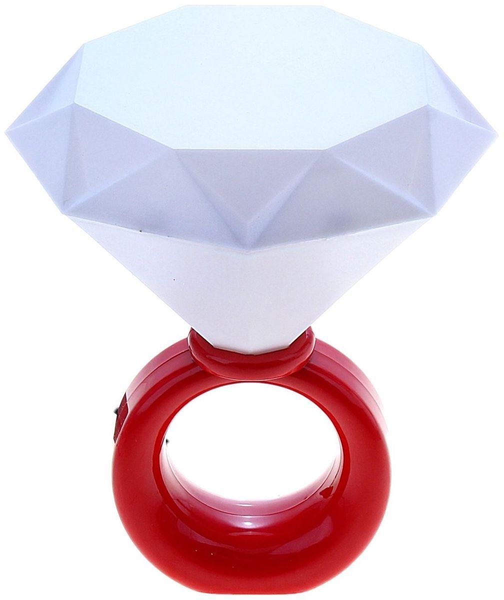 Ночник Кольцо красная147739Сегодня особо ценятся уникальные креативные предметы интерьера, поэтому встречайте: светильник детский . Ваш малыш обрадуется такой интересной вещице, отлично вписывающейся в интерьер детской комнаты. Пусть этот милый забавный дружок будет и вашим верным помощником. Оставляйте свет включённым, если ребёнок боится засыпать в темноте, и будьте уверены, что тёплое освещение не помешает ему погрузиться в царство Морфея. *Размещайте провода и другие, не предназначенные для детских ручек детали, таким образом, чтобы ваш шалун до них не дотянулся.