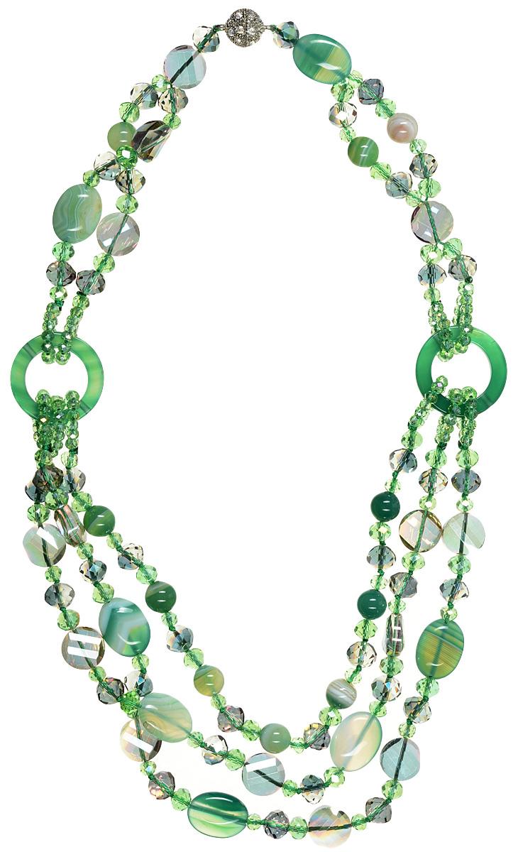 Бусы Art-Silver, цвет: зеленый. СМЦ70-6-1132СМЦ70-6-1132Стильные бусы Art-Silver из агата не оставят равнодушной ни одну любительницу изысканных и необычных украшений. Бусы представляют собой основу из прочных нитей, на которые нанизаны плоские бусины агата и кристаллы различной формы. Изделие дополнено двумя кольцами из агата зеленого цвета, на которые крепятся нити с бусинами и кристаллами. Изделие застегивается на практичный винтовой замок, выполненный из бижутерного сплава серебристого цвета и украшенный стразами. Такие бусы позволят вам с легкостью воплотить самую смелую фантазию и создать собственный неповторимый образ.
