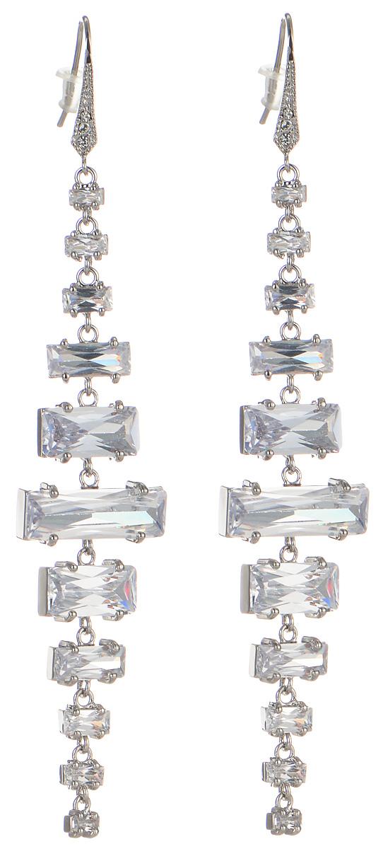Серьги Art-Silver, цвет: серебряный. 01837-210001837-2100Оригинальные серьги Art-Silver выполнены из бижутерного сплава, с легкостью завершат ваш образ. В качестве основы украшения использован замок-петля. Серьги дополнены оригинальными подвижными подвесками прямоугольной формы. Композиция из различных по размеру подвесок придает украшению оригинальность и изысканность. Изделие дополнено кристаллами и кубическим цирконием. Стильные серьги придадут вашему образу изюминку, подчеркнут красоту и изящество вечернего платья или преобразят повседневный наряд.